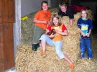 Familienbauernhof Bayern Spielscheune für Kinder