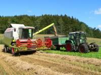 Bauernhofurlaub Bayerischer Wald - Herbsturlaub mit Ernte und Traktor fahren