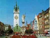 Sehenswürdigkeiten Niederbayern Stadtturm Stadtplatz Straubing